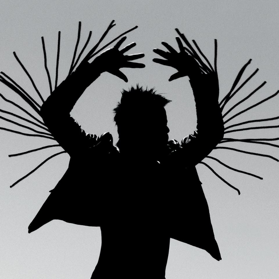 Twin Shadow - Turn Me Up (Live at Electrowerkz)