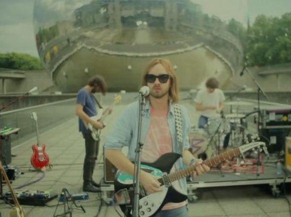 GYVAI: 16 minučių su Tame Impala muzika