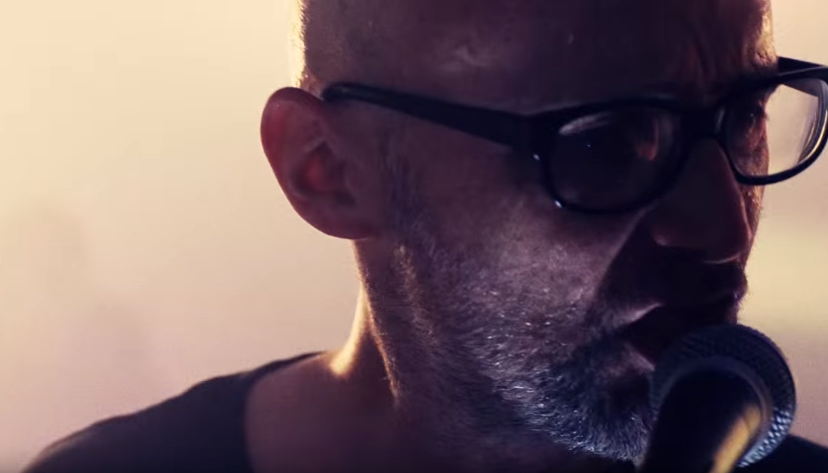 Moby & The Void Pacific Choir – Don't Leave Me