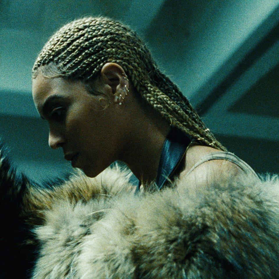 Beyoncé – All Night