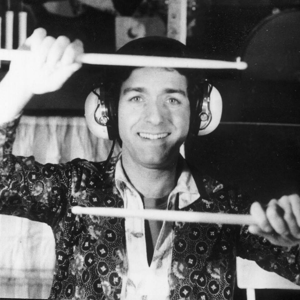Mirė kultinės grupės CAN būgnininkas Jaki Liebezeit