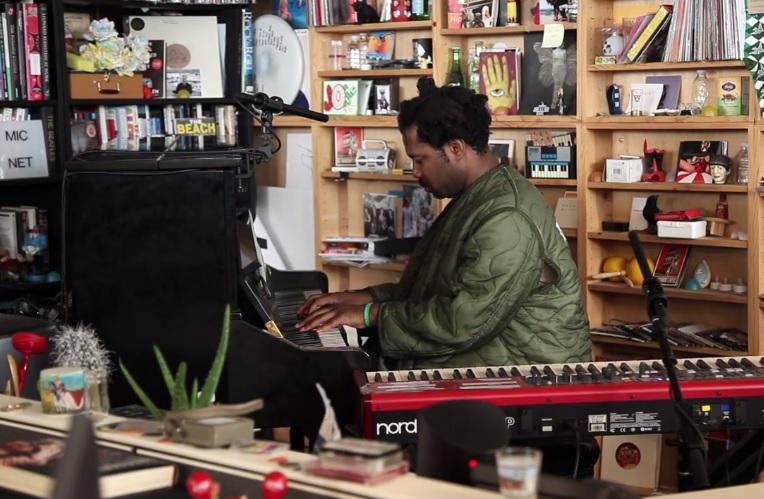 15 minučių su Sampha: gyvai NPR studijoje
