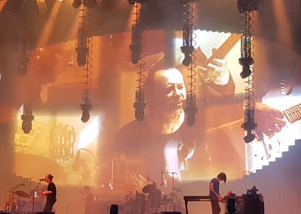 Radiohead koncerto Mančesteryje akimirka