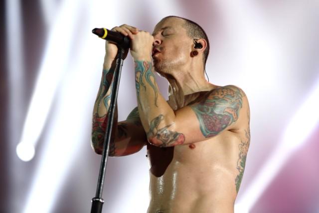 """Savo namuose negyvas rastas """"Linkin Park"""" lyderis"""