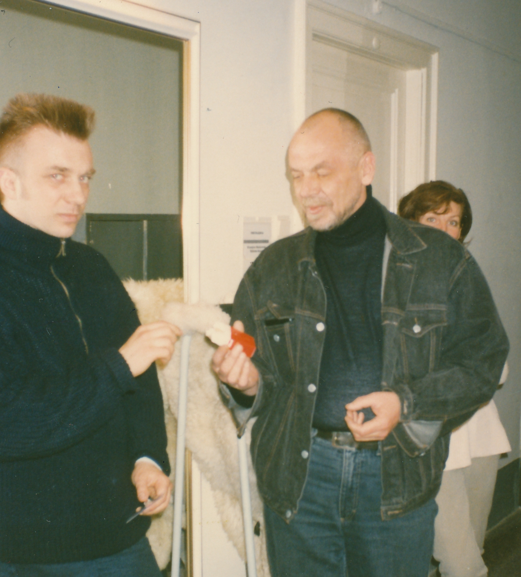 1997 m. Eimuntas Nekrošius siulo užsirūkyti nerūkančiam