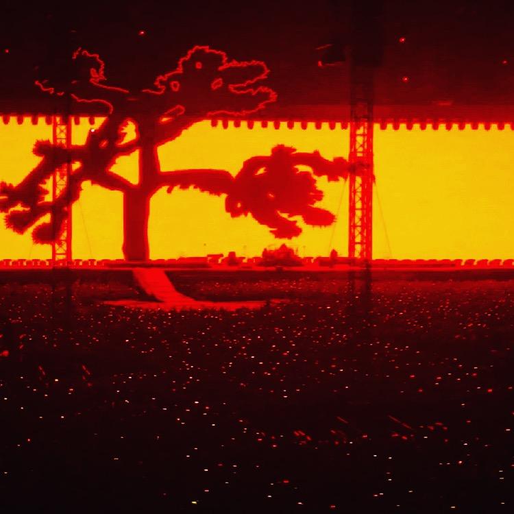 U2 koncertas Amsterdame: The Joshua Tree turas, kurį apšildo Noelis Gallagheris (koncerto apžvalga)