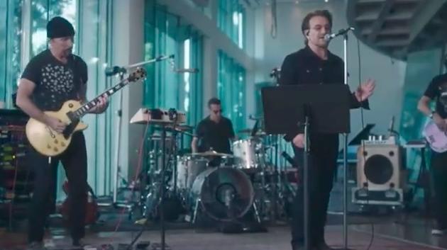 15 minučių trukmės dokumentikoje – U2 apie savo naujausią albumą