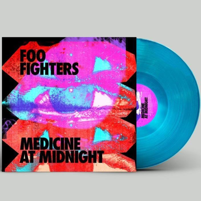 Foo-Fighters_Medicine-At-Midnight