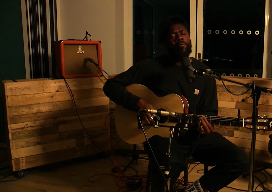 14 minučių Jake Isaac pasirodymas Sofar Sounds London