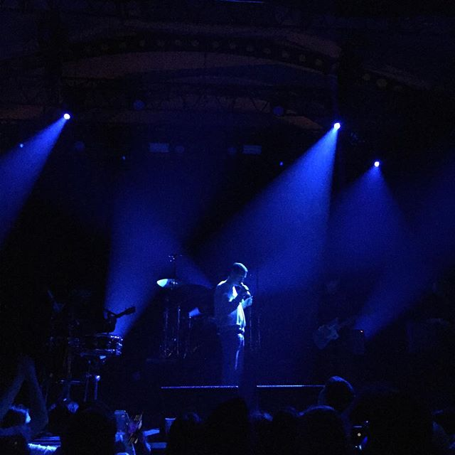 Rhye koncertas Paryžiuje: emocijos, meilė, tyla, parašas ir pažadas