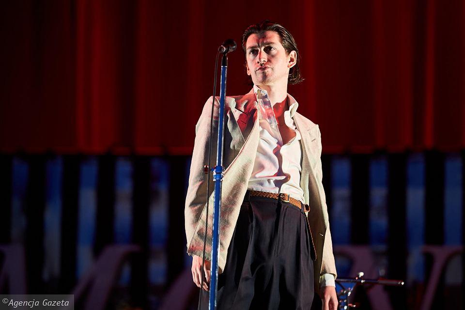 """""""Arctic Monkeys"""" koncertas """"Open'er"""" festivalyje: per daug gerai, kad būtų tikra"""