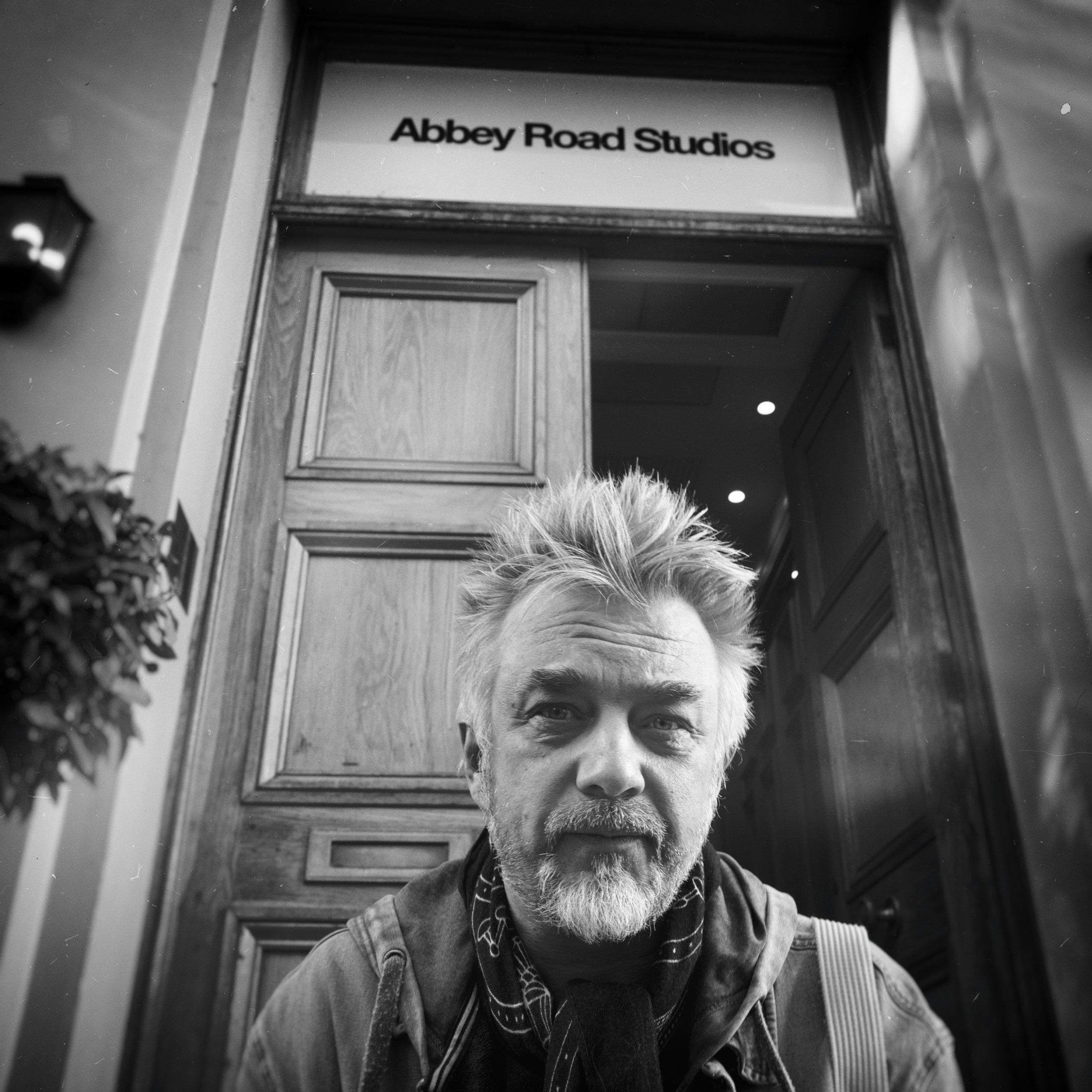 A. Mamontovas legendinėje Abbey Road studijoje įrašinės savo kultinį albumą