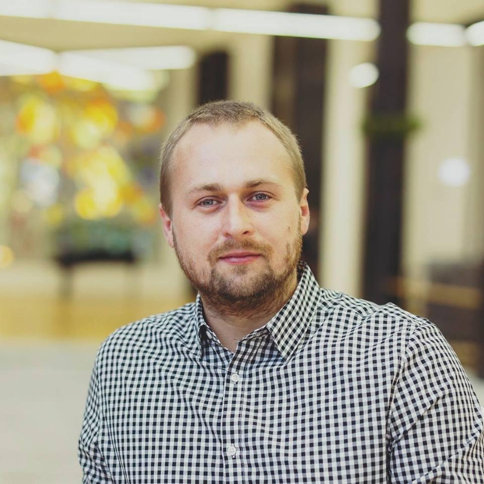 """Dovydas Pancerovas – apie SEL koncertą Šilutėje, brolius Bendžius ir """"Kiborgų žemės"""" garso takelį"""