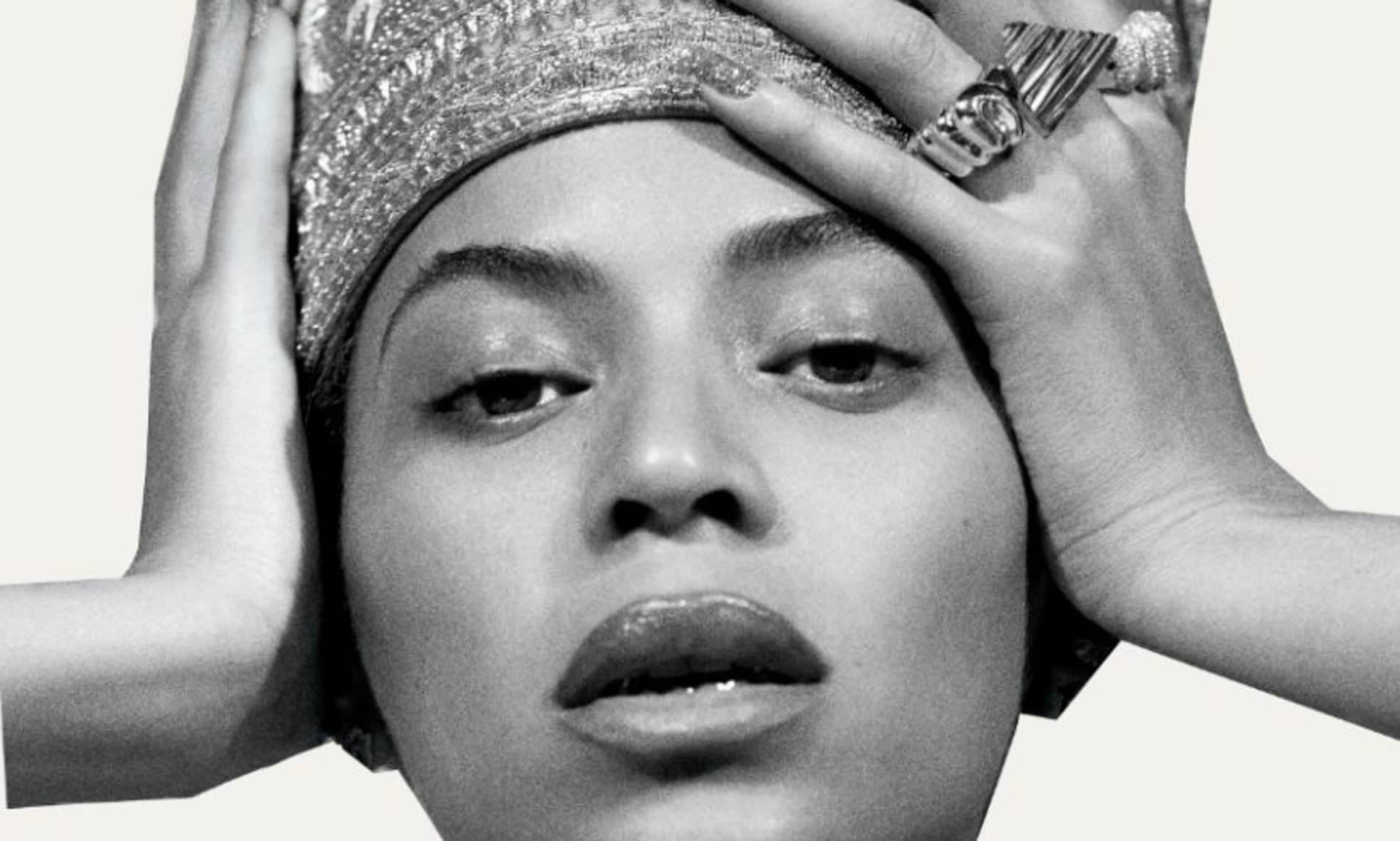 Staigmena: Beyoncé netikėtai išleido nauja albumą