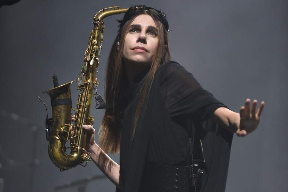 PJ Harvey – Red Right Hand (Nick Cave cover)
