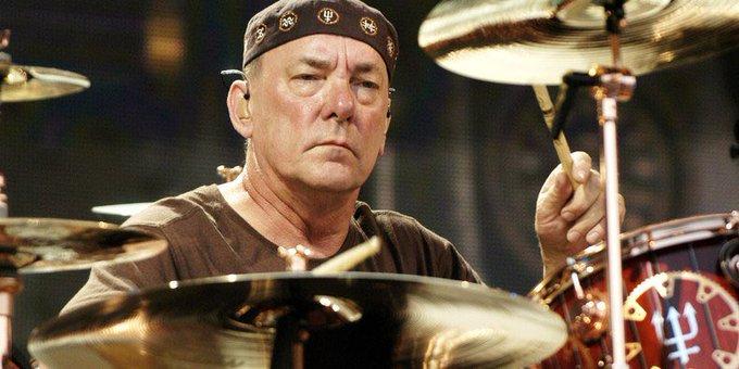 """Mirė """"Rush"""" būgnininkas Neil Peart"""