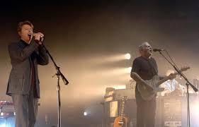 "GYVAI: David Gilmour ir David Bowie – ""Comfortably Numb"" (Pink Floyd)"