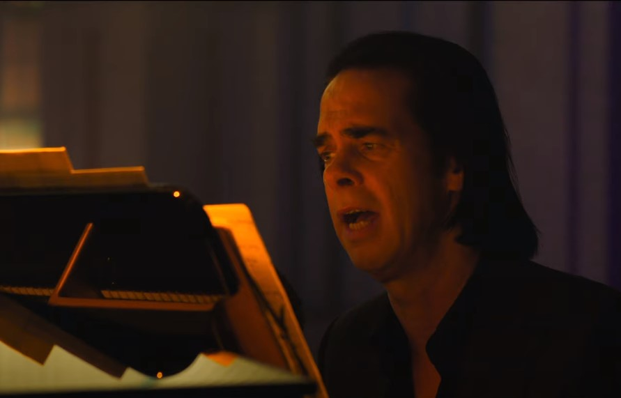 """Nick Cave solo pasirodymas ir albumas """"Idiot Prayer"""""""