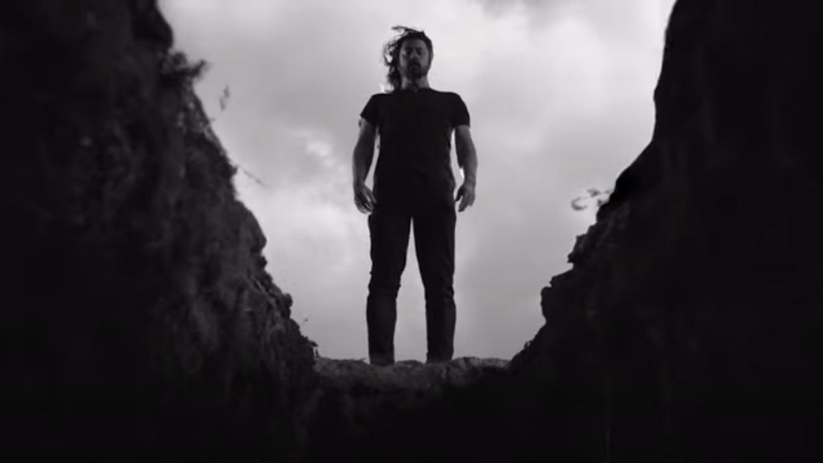 """Naujas Foo Fighters vaizdo klipas kūriniui """"Shame Shame"""""""