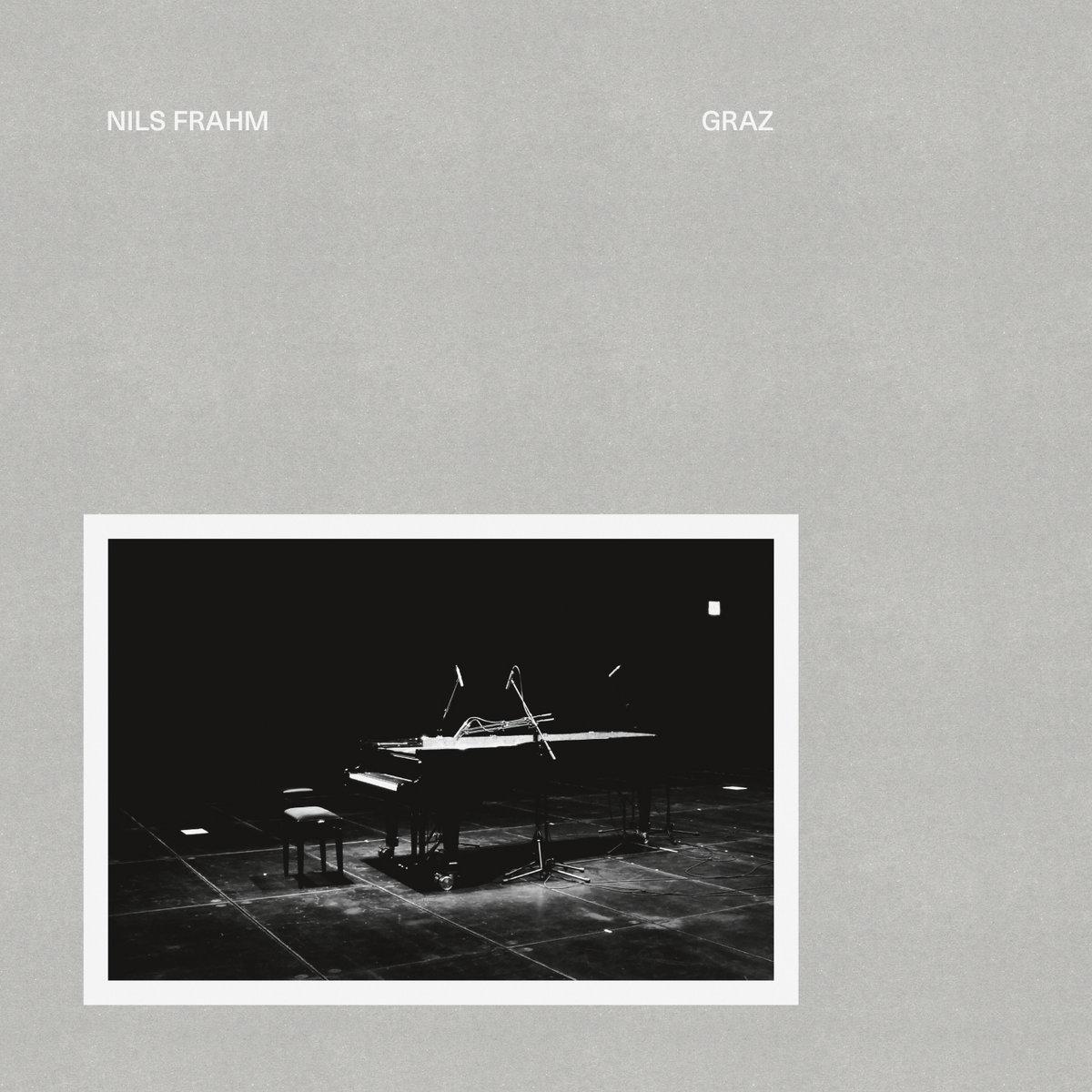 Nils Frahm netikėtai išleido naują albumą
