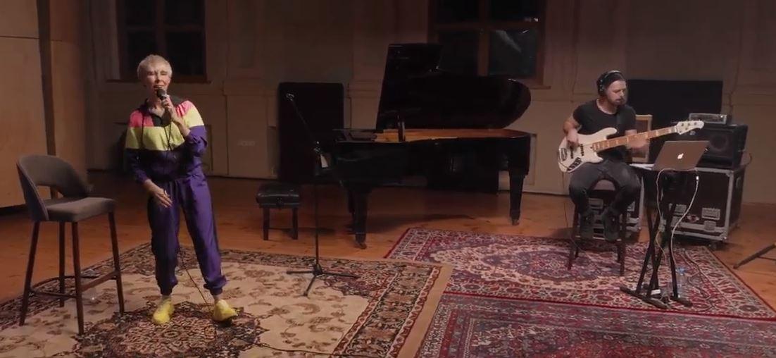 AGATA pristato: gyvas Giedrės pasirodymas Muzikos salėje