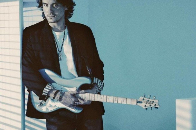 Johnas Mayeris išleido 80-ųjų įkvėptą albumą